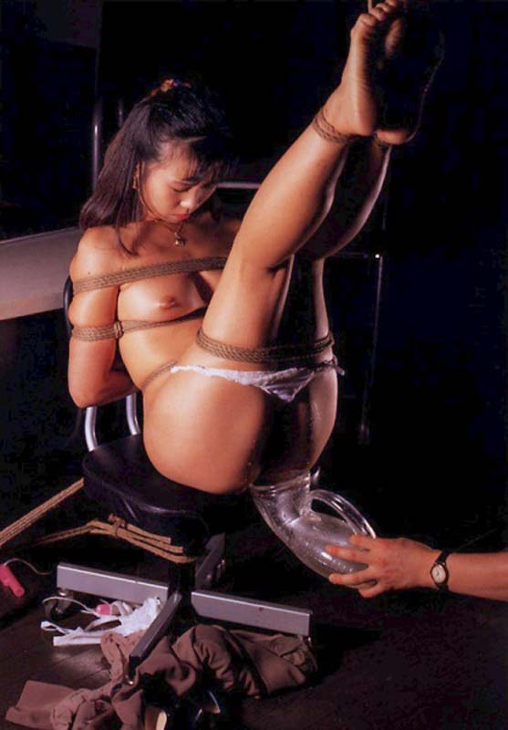 Japanese girls rope bondage